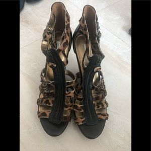 Cynthia Vincent Wedges size 10.5